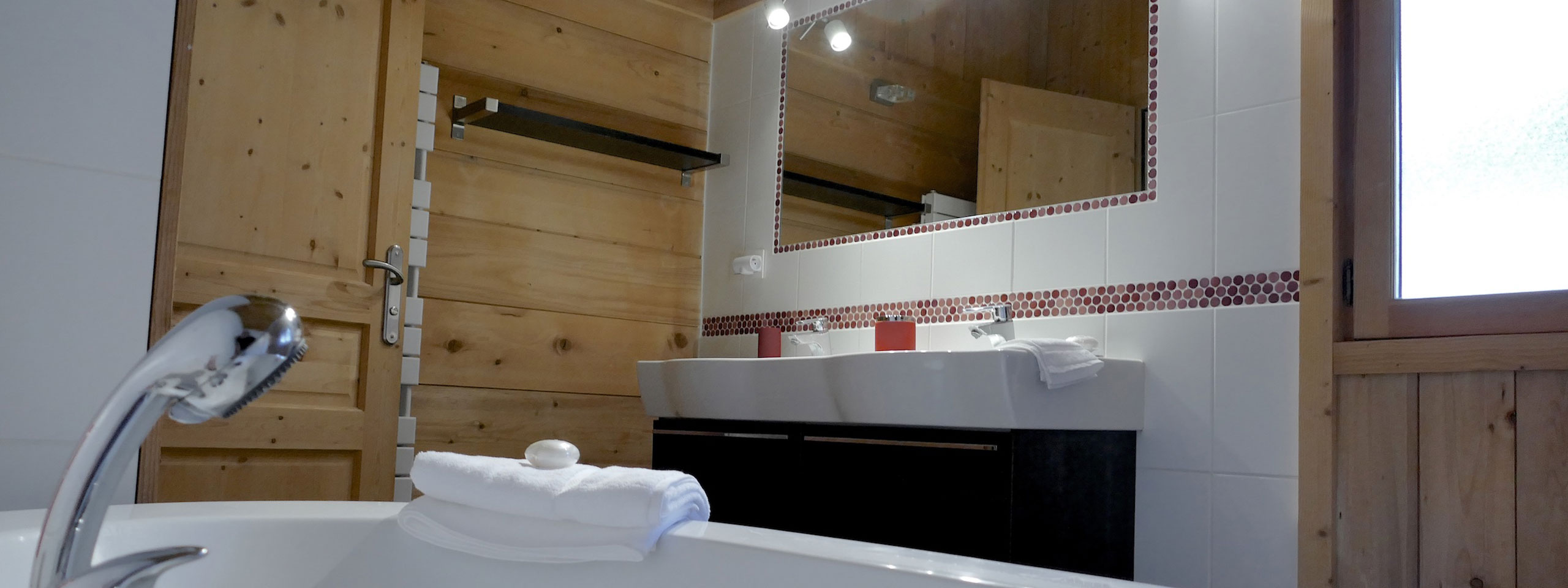 Salle De Bain Archi Expo ~ location chalet les 3 cimes blanches chamonix the chalet during summer